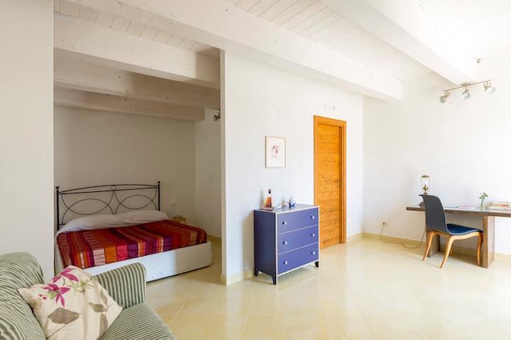 Masseria Sardo, corner of paradise - Yellow Room