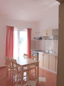 Apartment A02 - Vila Mileva - Mala Rava