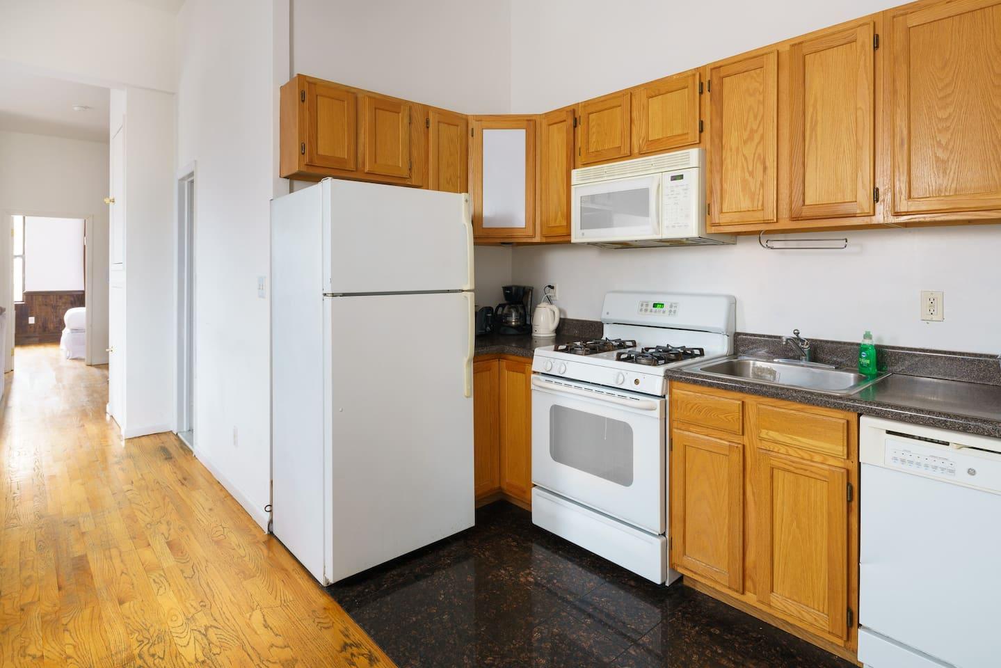 Convenient Manhattan Location 4 Bedrooms Sleep 10 - Lofts for Rent ...