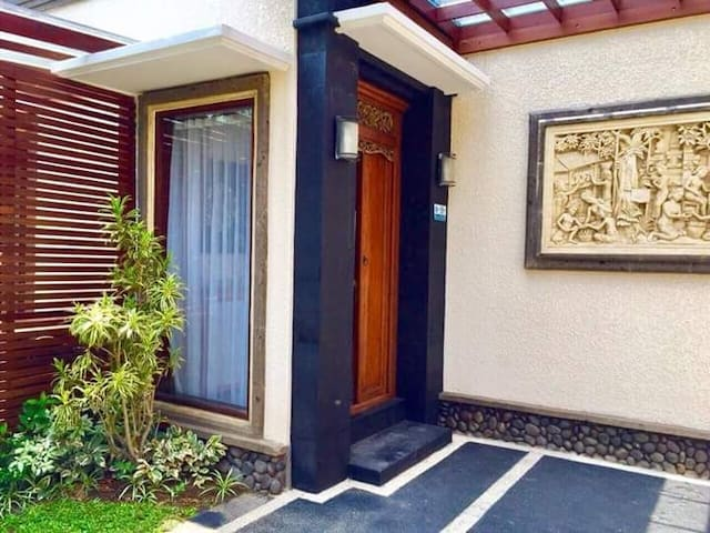 2BR Private Pool Villa Kerobokan