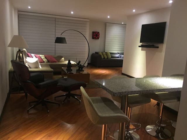 Nice apartment In club house close to park 93