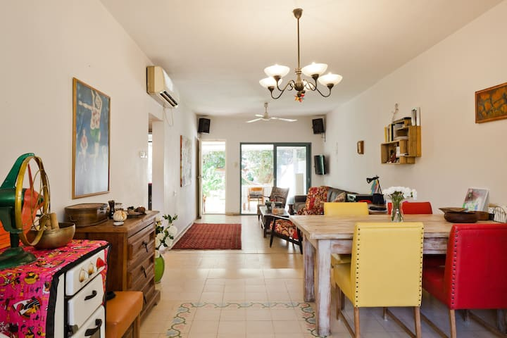 Spacious 3 room private home in serene hood of TLV