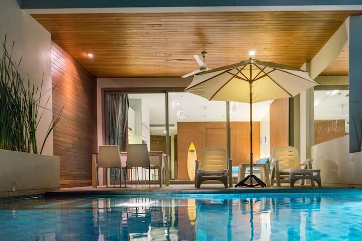 Beachfront Pool Suite - Muang Pattaya
