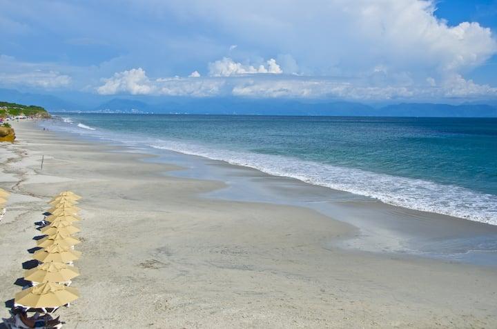 "Luxurious Beach ""Villa Destiladeras"""