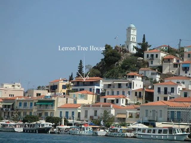 Lemon Tree Hse overlooking POROS harbour Slps 6-8