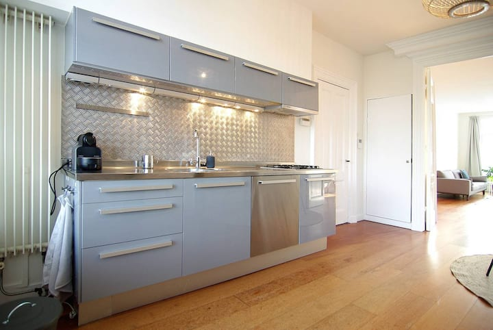 Lovely apartment city centre close to Jordaan