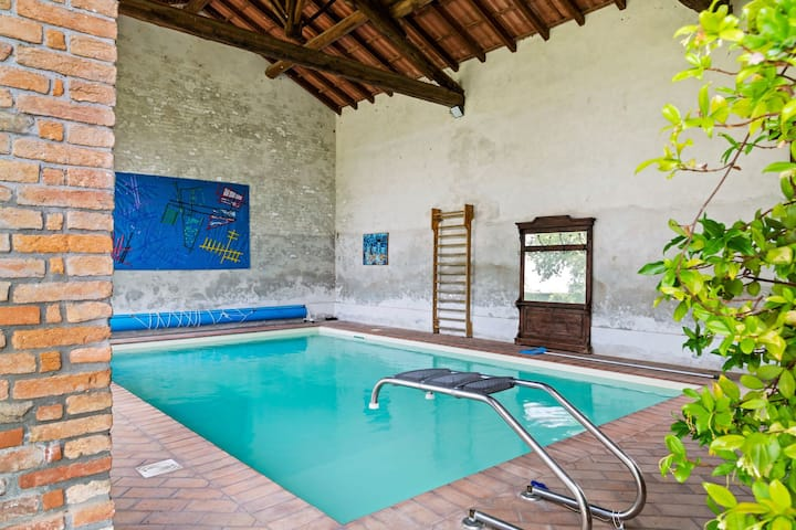 Tranquil Holiday Home in Cornovecchio with Swimming Pool