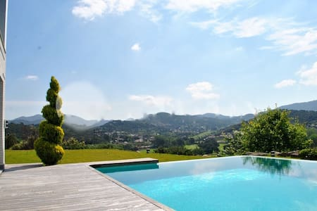 LUXURY & GOLF RETREAT: VALLROMANES VILLA - Vallromanes - Villa