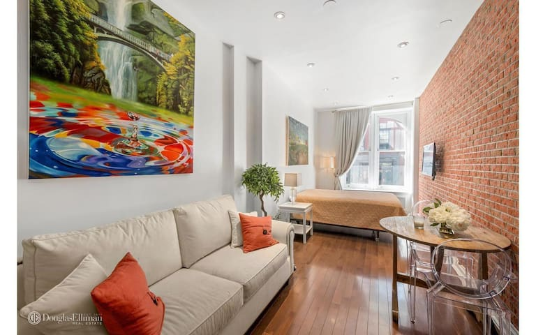 Brand new, Luxury  West Village Apt