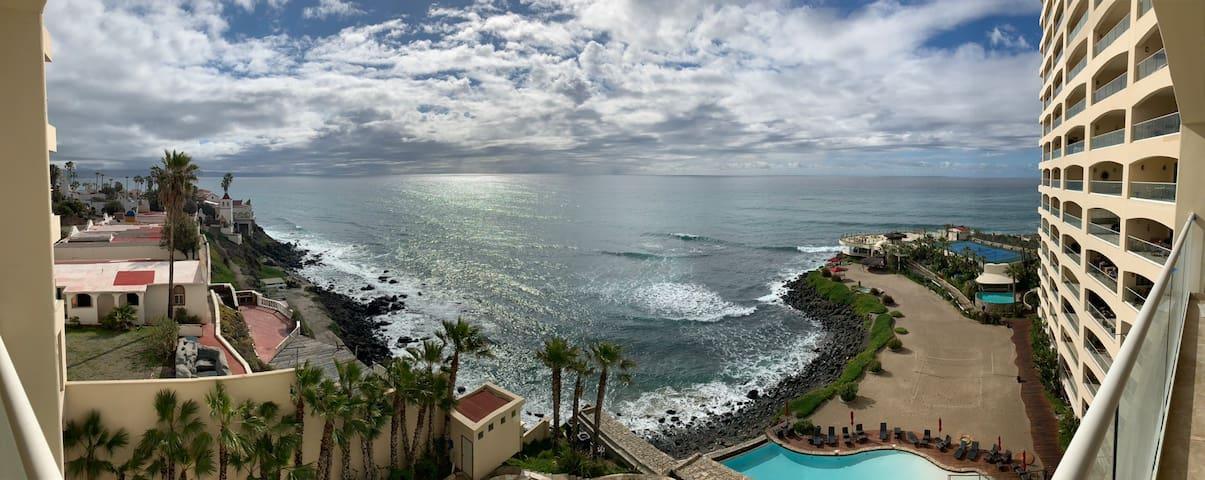 OCEAN FRONT CONDO..!!! Las Olas Grand Resort