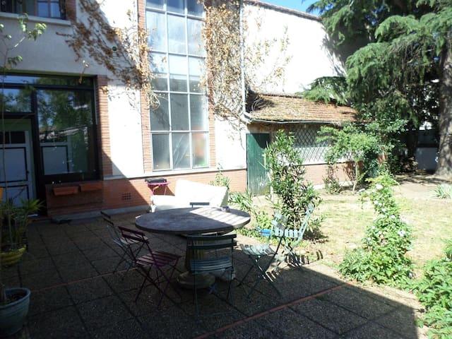 Chambre dans maison avec jardin et tout le reste - Toulouse - Talo