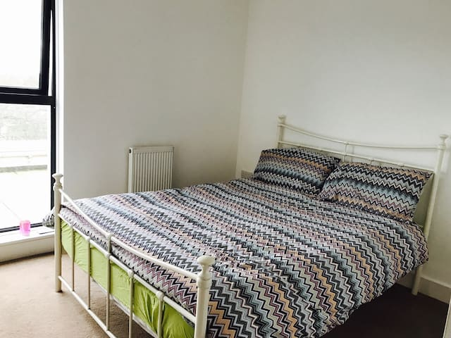 Nice and quiet double bedroom - Londres - Apartemen