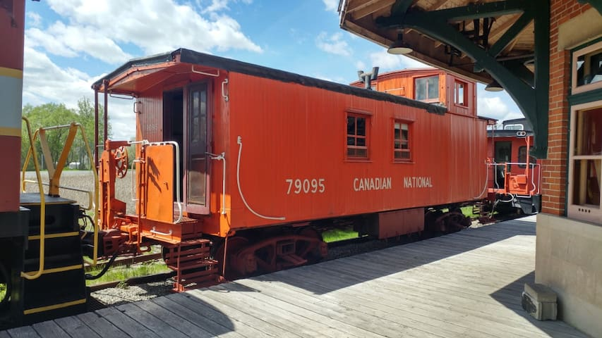Overnights in a Caboose: CN Wooden