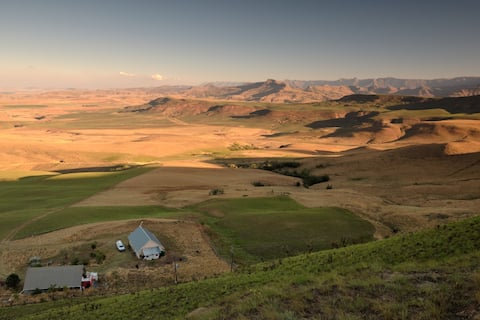 Rustic Mt House, High in Nrth Drakensburg-4x4 Only