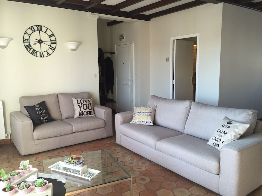 Living room with access to the loggia - New sofas