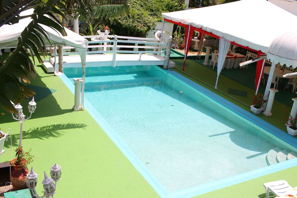 POOL AREA FOR GUEST