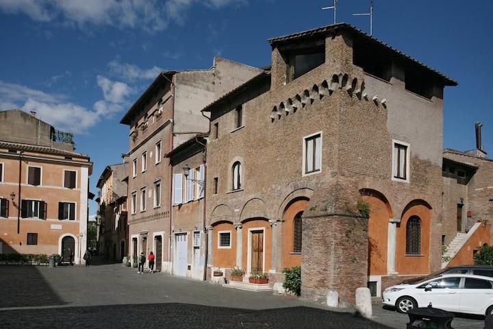 Santa Cecilia Luxury Medievale Trastevere