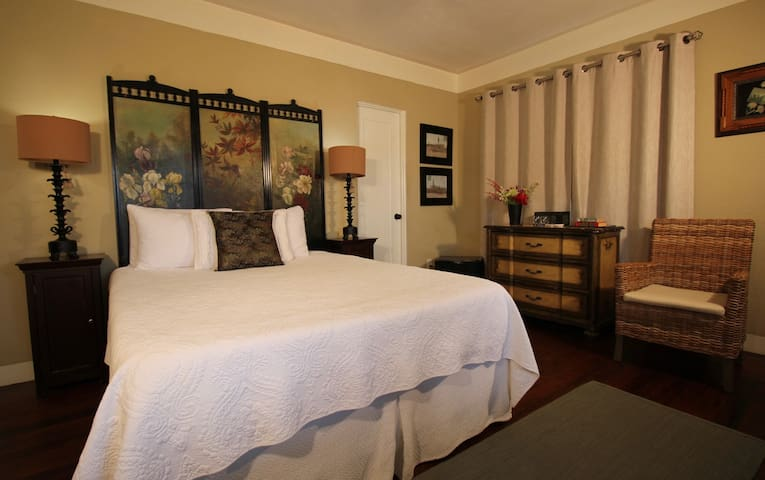 WindanSea - The Bed & Breakfast Inn at La Jolla