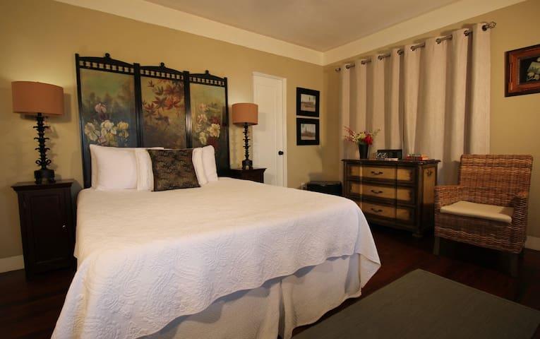 WindanSea - The Bed & Breakfast Inn at La Jolla