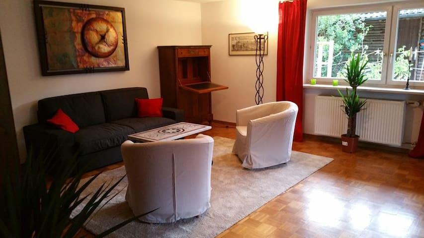 90qm ruhige Wohnung bis 6 P., südlich v. München - Wolfratshausen - Lejlighed