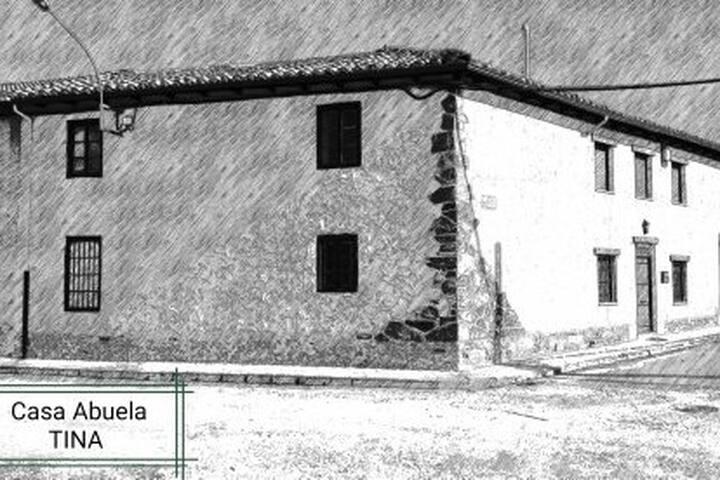 Habitacion privada en casaTINA a 30 km de Leon