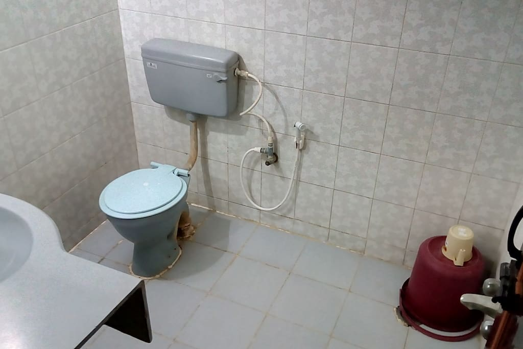 Standard Non Ac Bathroom