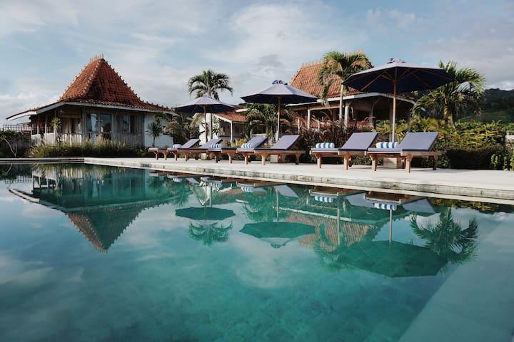 Mambo Surf Lodge, Cottage 1, Lakey Peak, Sumbawa