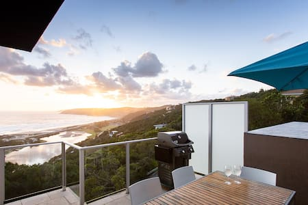 Panoramic Ocean Views! Infinity Blue apart 1