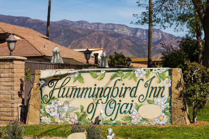 Hummingbird Inn Ojai, Two Queens Bungalow (Ground Floor)