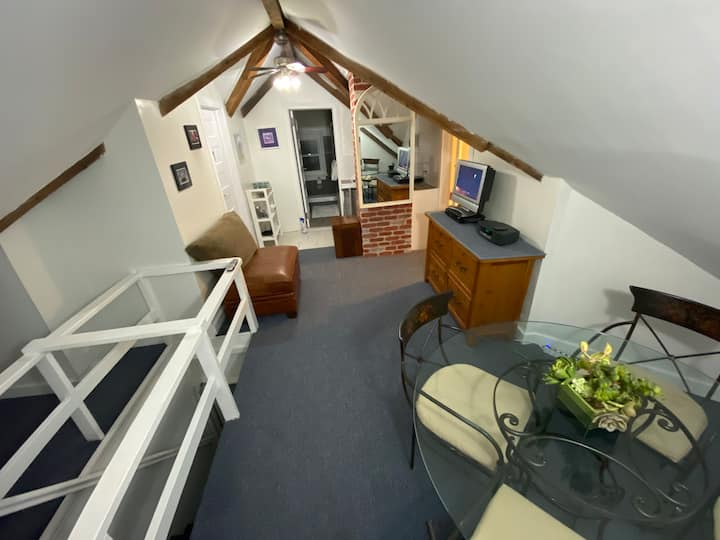 Cozy attic room #1