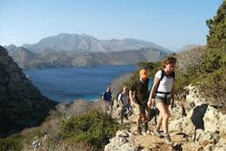 CAMMINARE (HIKING) HOTEL KARPATHOS - Διαφάνι - Bed & Breakfast