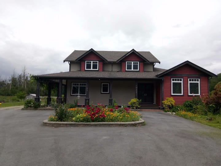 Chilliwack farm. two bedromms and one sitting room