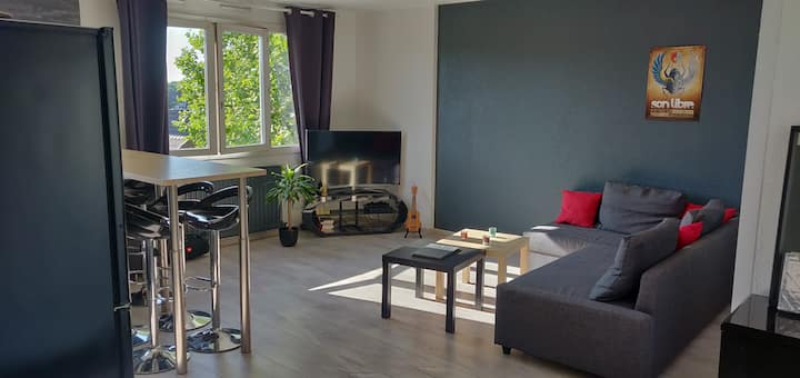 Bel appartement de 50m2 - 40 minutes de Paris.
