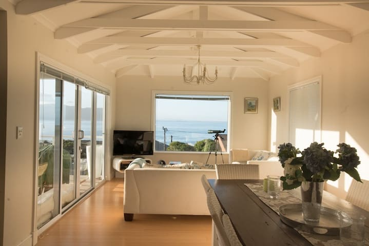 Beautiful home, fantastic sea views in Simonstown