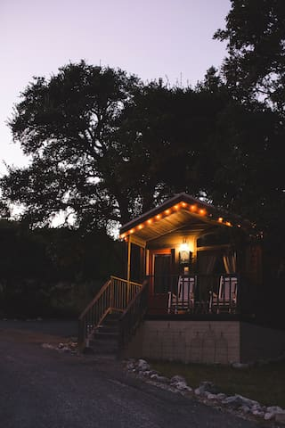 Cabins at Red Rock: Retreat Cabin - 1 of 6 cabins