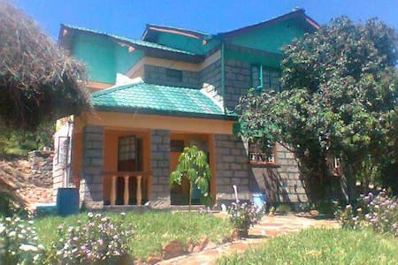 Mara bush house cottages - Narok - Maison