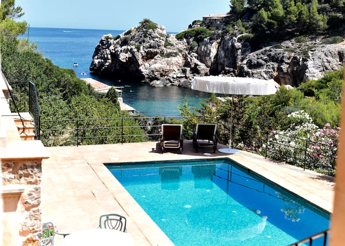 Luxury Villa first line Cala Deia