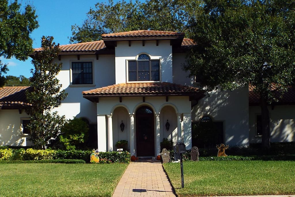 Our two story home in centrally located in quiet, family-friendly neighborhood -- perfect for an evening or sunset stroll.  Many homes in the neighborhood are on the water and several water views can be enjoyed as you walk the neighborhood.