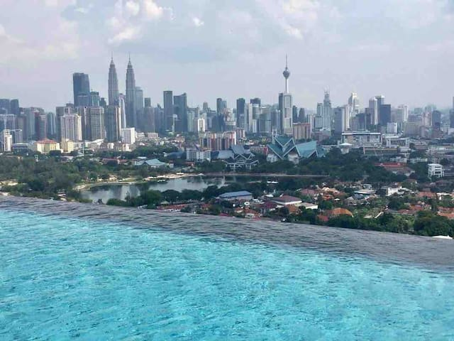 KlCC view infinity sky pool(sharing unit)