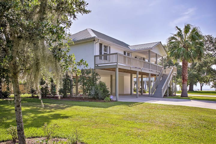 NEW! 'The Palm' Bay St. Louis Home, Walk to Beach!