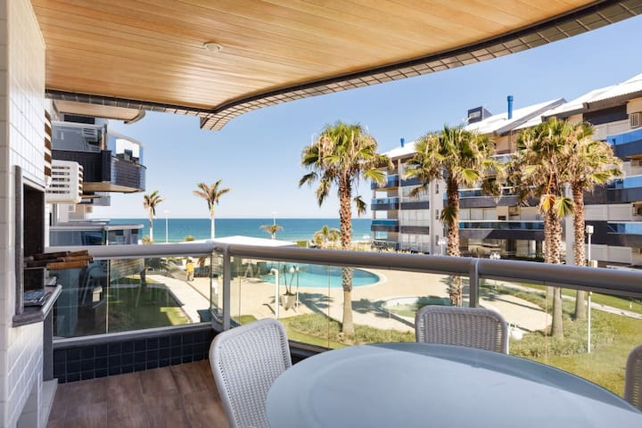 3 quartos + Dependência, Água Marinha, Praia Brava