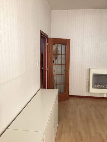 Unique 1 bedroom flat quiet yet near city centre. - Aberdeen - Appartement