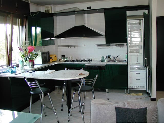 Nice flat in Venezia – Mestre. Wi-Fi equipped - Venice - Leilighet