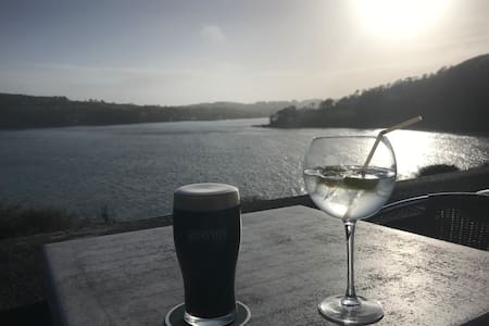 Stunning Glandore views & house