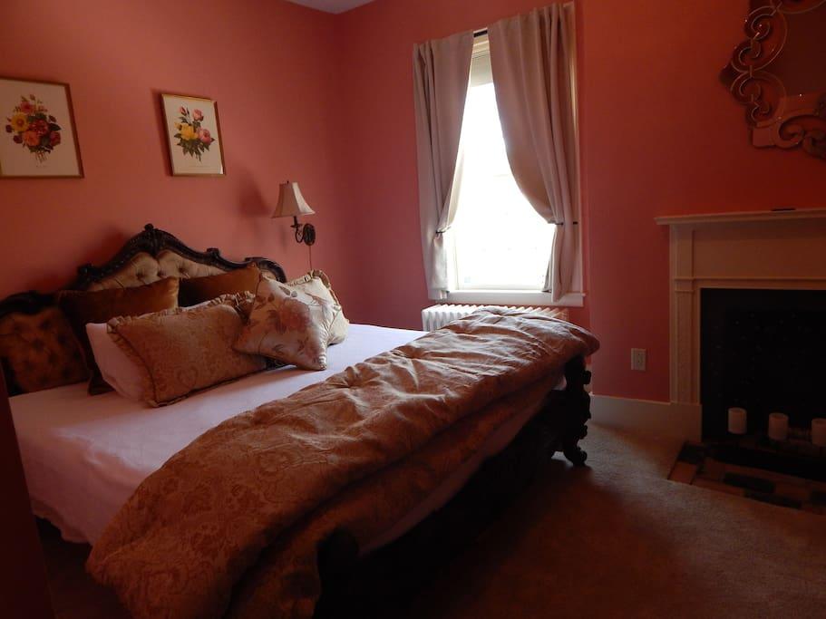 Room 201, King size bed, memory foam