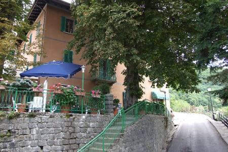 Camera in hotel. Villa Patrizia - Cutigliano