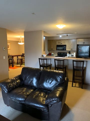 2 bedroom 2 bath condo 3 beds sleeps 6 in Radium