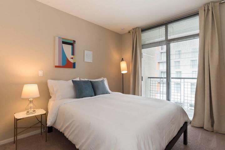 Kasa | Bellevue | Modern 2BD/2BA Apartment
