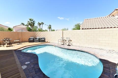 Great Neighborhood 4 Bedrooms With Pool