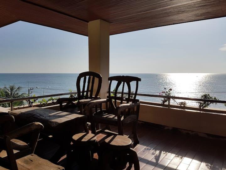 2BR quiet Pranburi sea view condo